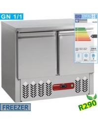 Table réfrigérée centrale négative - 2 portes -bacs GN 1/1 - 240 litres